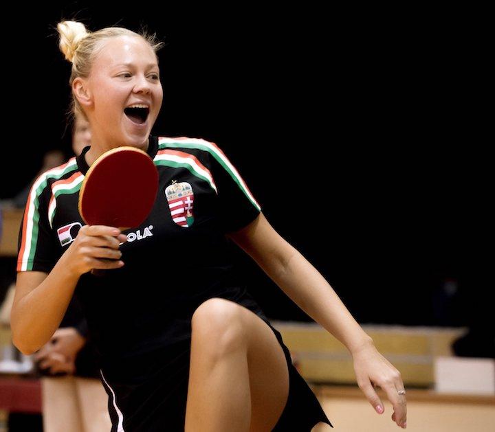 Budaörs, 2017. január 24. Póta Georgina játszik a svéd Matilda Ekholm ellen az asztalitenisz Európa-bajnokság női selejtezőjében a Budaörsi Sportcsarnokban 2017. január 24-én. MTI Fotó: Koszticsák Szilárd