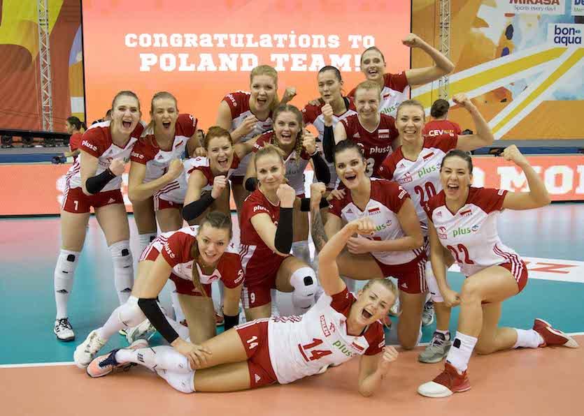 A lengyel válogatott izgalmas, ötszettes mérkőzésen győzte le a német együttest. Lengyelország-Németország 3-2 (-23, 15, -18, 23, 5)